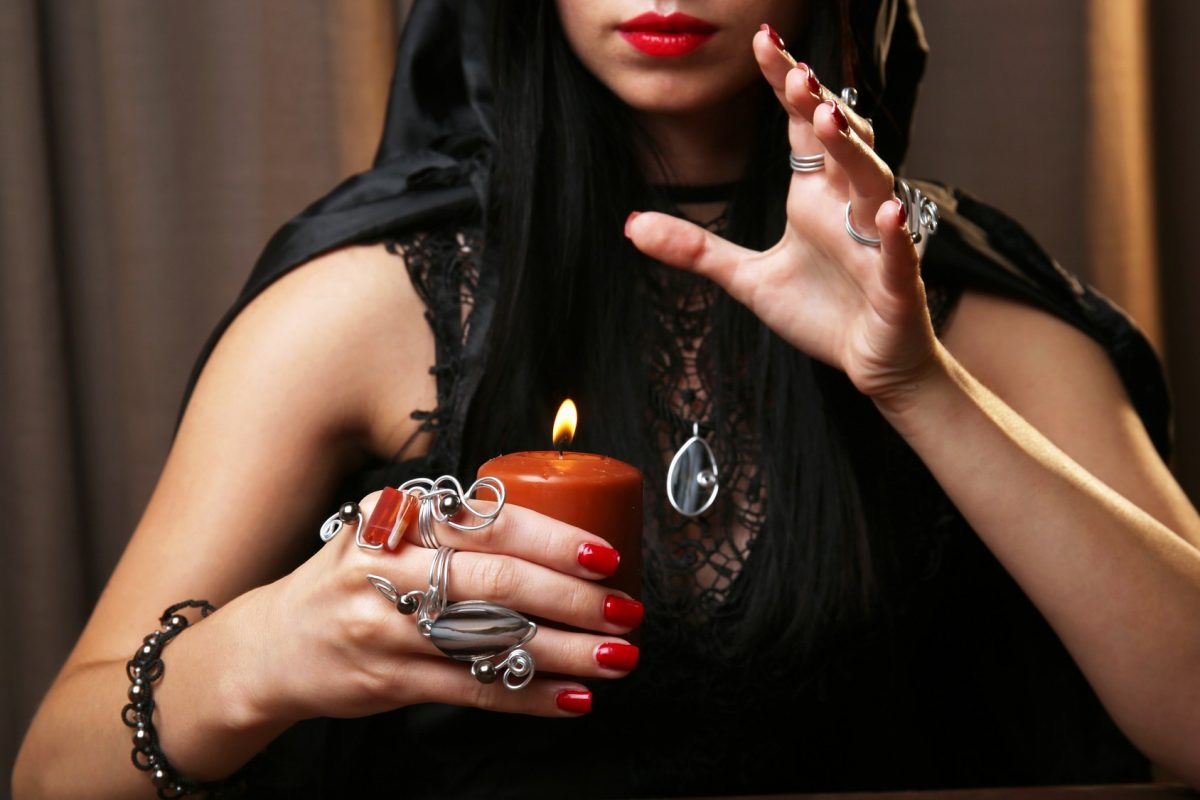 History Of Clairvoyant Readers
